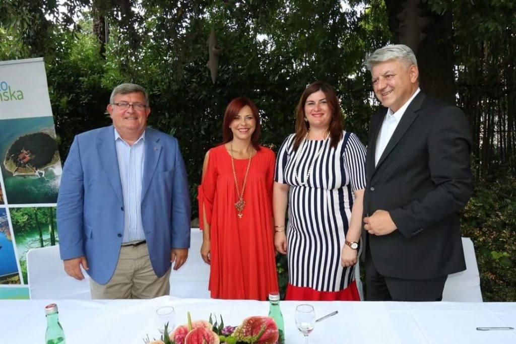 Potpisan Ugovor o dodjeli bespovratnih sredstava za projekt Centar za posjetitelje o velikim zvijerima
